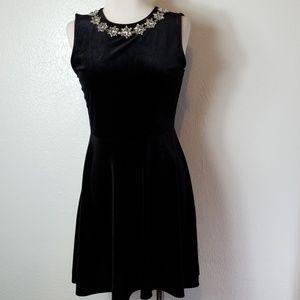 One Clothing Velvet Dress Size M